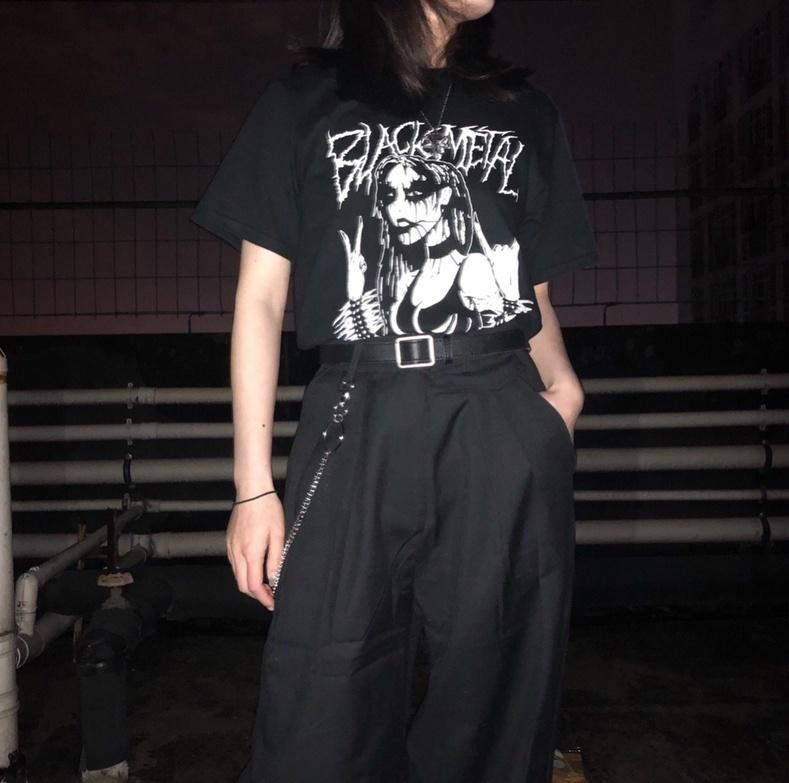 Kuakuayu Hjn Preto T-shirt das mulheres Forma Metal Metal Rocha Tee Grunge Escuro Gothic Roupas Estilo de Rua Estilo Superized Camisa
