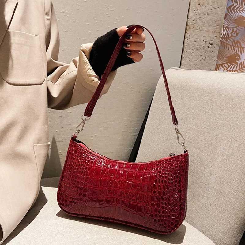 Women's Vintage shoulder bag, Pu underarm bag, advanced design baguette, brand new handbag J0525