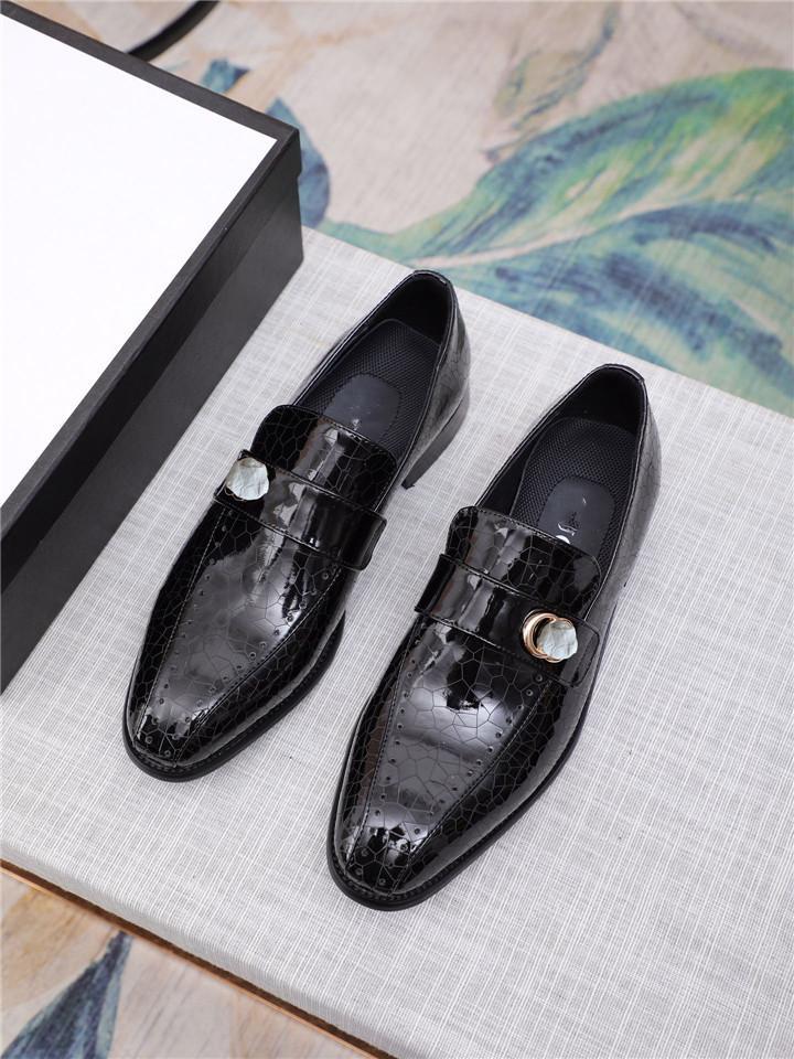 편안한 사무실 패션 디자이너 남자 구두 캐주얼 모카신 정품 가죽 플랫 신발 레이스 옥스포드 작업 신발 남자 드레스 신발