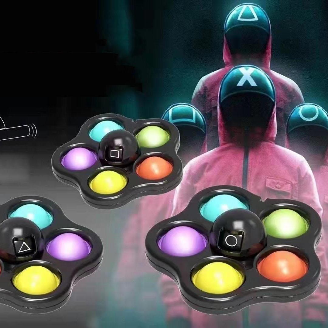 SQUID Game Zappeln Spielzeug Flip Face Wechseln Push Toy Bubble Silikon Schlüsselanhänger Fingerspitze Gyro Dekompression Kreatives Spiel Sinnesänges Angst Stress Reliever
