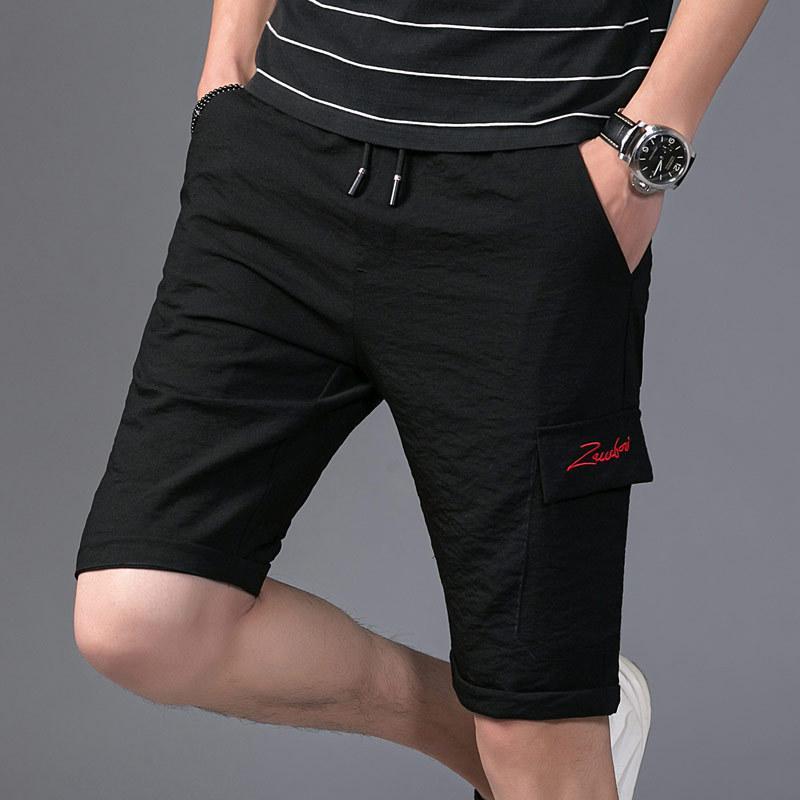Capris Summer New Youth Youth Casual Casual Style Stile sottile Versatile Pantaloncini elastici da uomo grande moda moda