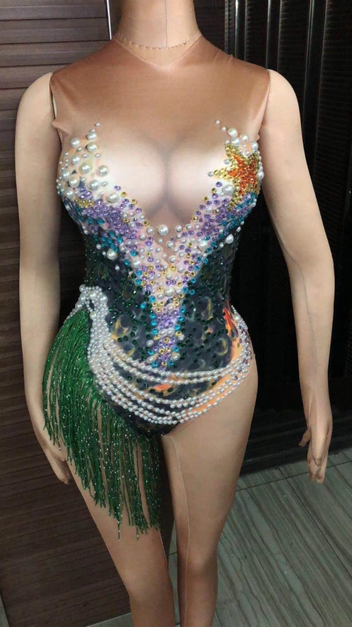 Sexy Sparkly Rhinestones Pearls Цепочка Боди Bodysuit Яркая зеленая бахрома leotard Певица Костюм Костюм Ночной клуб День рождения празднуйте Костюм