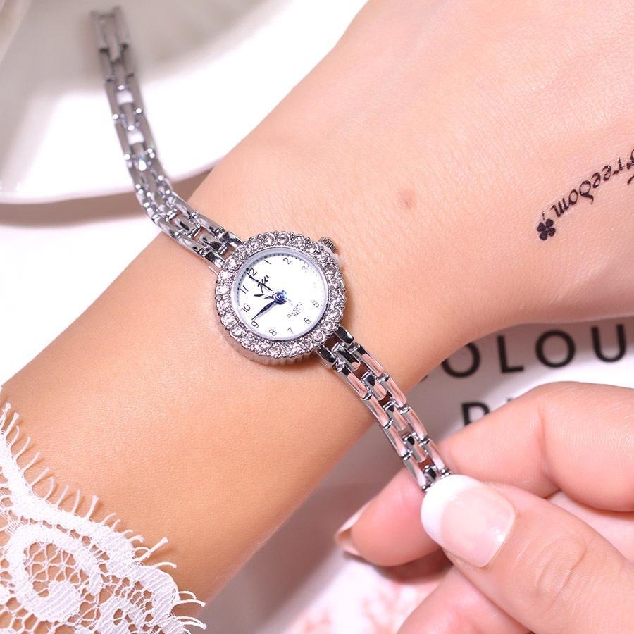 실버 자질 여성 팔찌 시계 전체 스테인레스 스틸 패션 럭셔리 크리스탈 시계 작은 숙녀 쿼츠 손목 시계 선물
