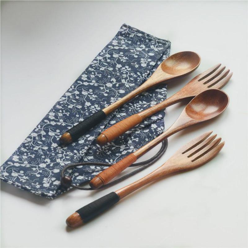 2 pçs / ajustaram a colher de madeira do estilo do japonês e a forquilha ajustada com saco de armazenamento