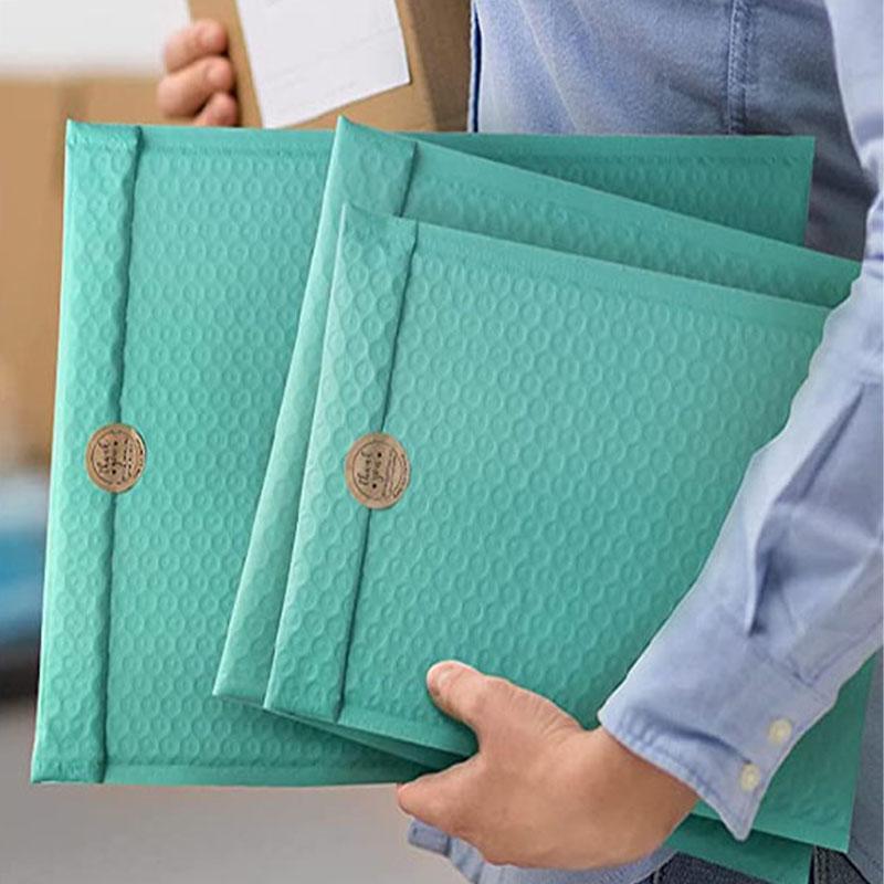 Bolsas de embalagem 10 pcs À Prova D 'Água Mailer Poli Bubble Acolchoado Envelopes para Embalagem De Presente Auto Selo De Armazenamento Padding