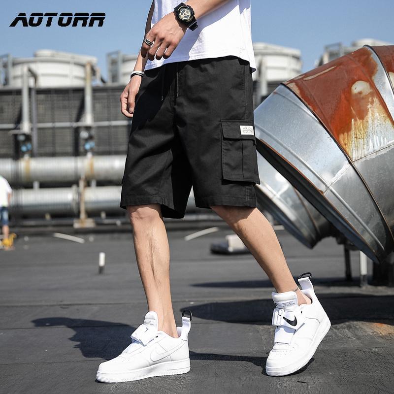 HARAJUKU Casual Men Summer Fashion Cargo Mens Lavoro Sport da uomo Pantaloni corti di alta qualità Pantaloncini maschili di alta qualità 210302