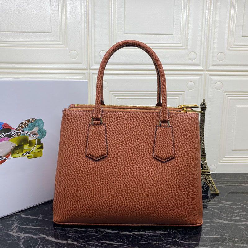 Femmes de luxe designers Sacs 2021 Nouvelle mode et confortable Femmes Sac à bandoulière P Accueil, Numéro: 1ba232