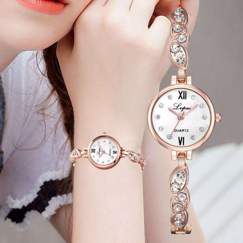المعصم النساء ووتش حجر الراين الصلب سوار lvpai المرأة ساعات الكوارتز ساعة اليد أنيقة أزياء السيدات ساعة هدية
