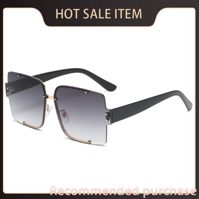Lujo de gran tamaño Femme1 Moda Mujeres Azul Nuevas gafas Soleil Sun Gafas de sol Hombres Lunette Gradiente Eyewear 2021 De Rimless Square Tnruj