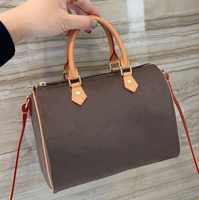 Classic Top Quality 2021 Concepteurs de luxe designers Mode Bandbody sac Sacs à main Femme Lady Sacs à bandoulière Sacs d'embrayage imprimé Mini Oreiller Sac
