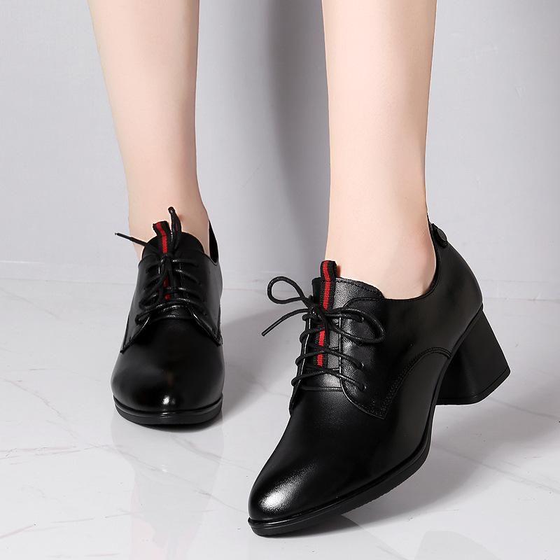 2021 Primavera Britânica Couro Rodada Cabeça Única Sapatos Grosseiros Sapatos de Couro Pequenas Mulheres Lace Up Works