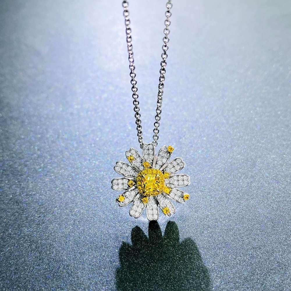 HBP Lüks Yeni S925 Gümüş Papatya Kolye kadın Japon ve Kore Moda Köprübone Zincir Çiçek Kolye