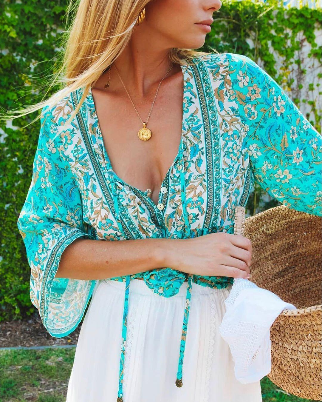 Boho ispirato Green Estate Estate Top Tassel Tie Camicetta Blouse Donne Buttons Cotton Women Top Bohemian Gypsy Laidies Tops Holidas 210302
