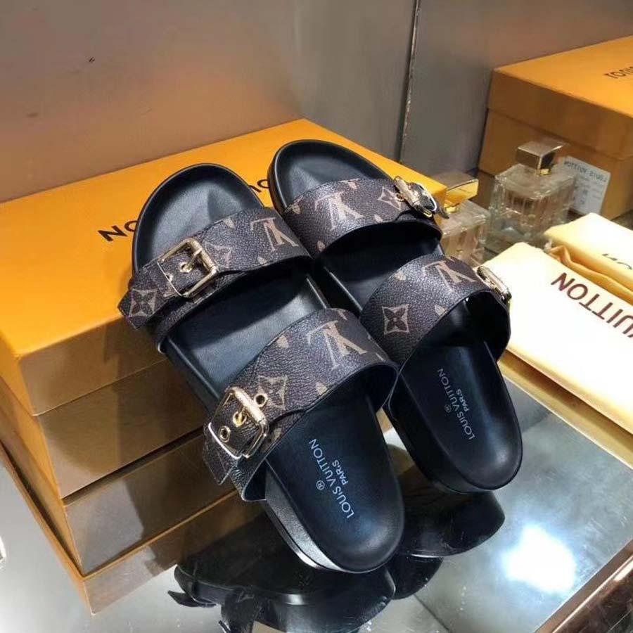Chinelos de desenhista de alta qualidade deslizam sandálias verão apartamentos sexy real plataforma de couro sapatos senhoras praia sapato02 01