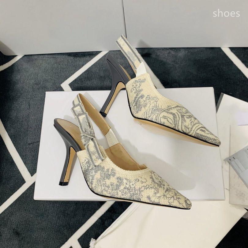 O novo 2021 vestido Shoes Party Office Universal High Saltos Moda Versátil Sapatos de Luxo Designer Design 32DS