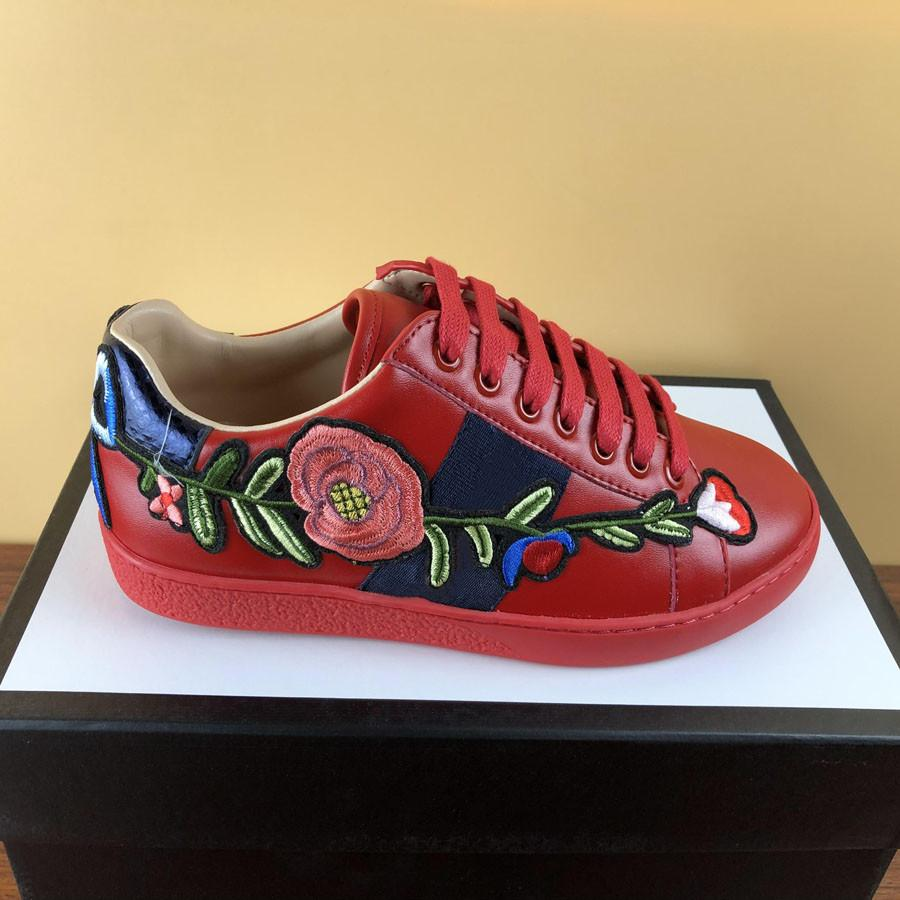 Мода Женщина Человек Повседневная Обувь Дизайнер Кроссовки Начальник Плоские Обувь Пчела Тигр Змея Вышитая Леди Платье Sneake Boy Девушка Ботинка Белая Обувь