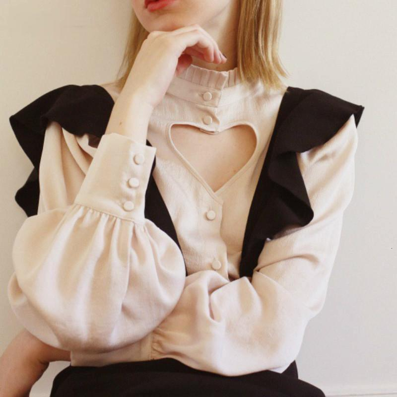 2021 Осень Сексуальная Новая Любовь Полые Сердце Рубашка Рубашка Волшебница Фонарь Рукав Женщина Свитер Сладкие Свитера Femme Ruec