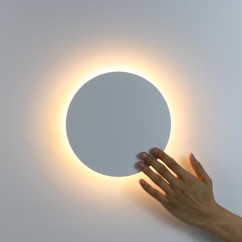 Kare LED Duvar Lambası Oturma Odası Yatak Odası Dekorasyon Için Modern Dokunmatik Anahtarı Işık Siyah Beyaz Aplik Kapalı Aydınlatma