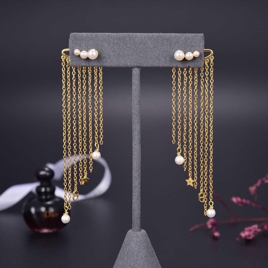 Derniers boucles d'oreilles de perles de chalot de la famille D 20215D5DN52O