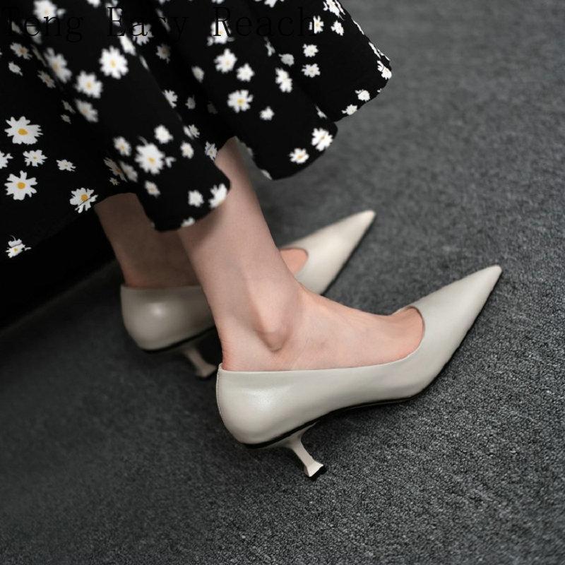 Robe chaussures 2021 cuir véritable Simple Concise Femmes Designers pointus Toe Office Travailler mince talons hauts femmes Stilettos pompes