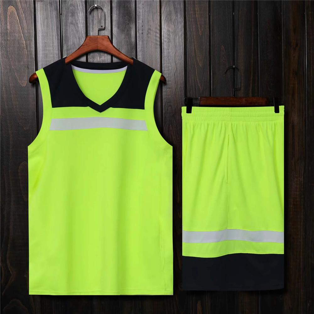 Forest Basketball Jerseys sertie de poches Couture Hommes Taille européenne Taille européenne Kit de sport en plein air Vert Noir Blanc Hot Sell 2020 été