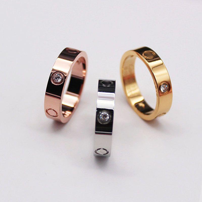 2021 높은 세련된 고전적인 디자인 여성 애호가 반지 3 색 스테인레스 스틸 커플 반지 패션 디자인 여성 보석 도매