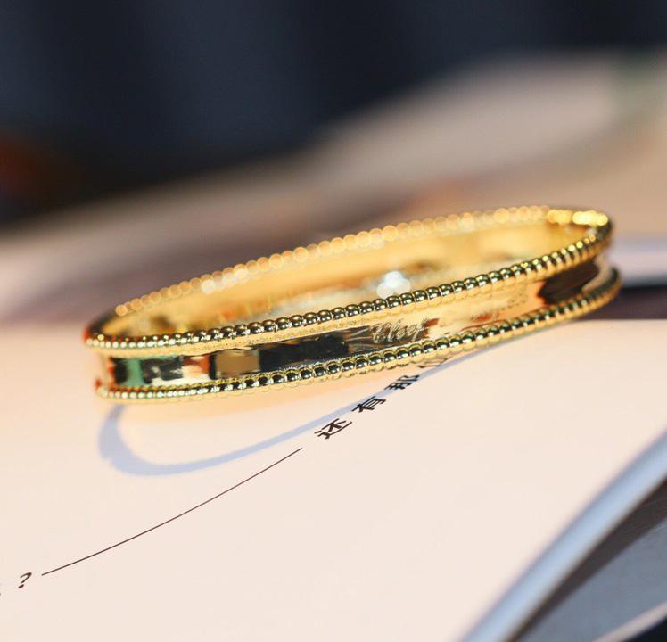 V Золотой материал панк женские полосы браслет с печатью для женщин размер свадебные украшения подарок отсутствие исчезновения нет изменения цвета бесплатная доставка PS3441