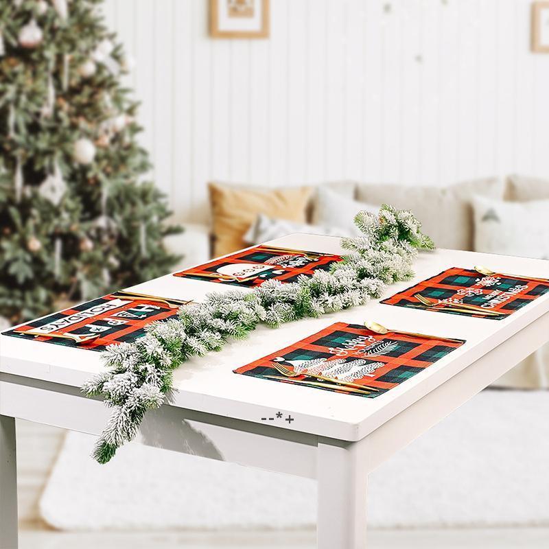 Table de Noël Table de table Tapis à café Tapis à café Tapis antidérapant Imprimerie Impression de chaleur Isolation de chaleur Xmas Partie Décoration Vaisselle HHD10409