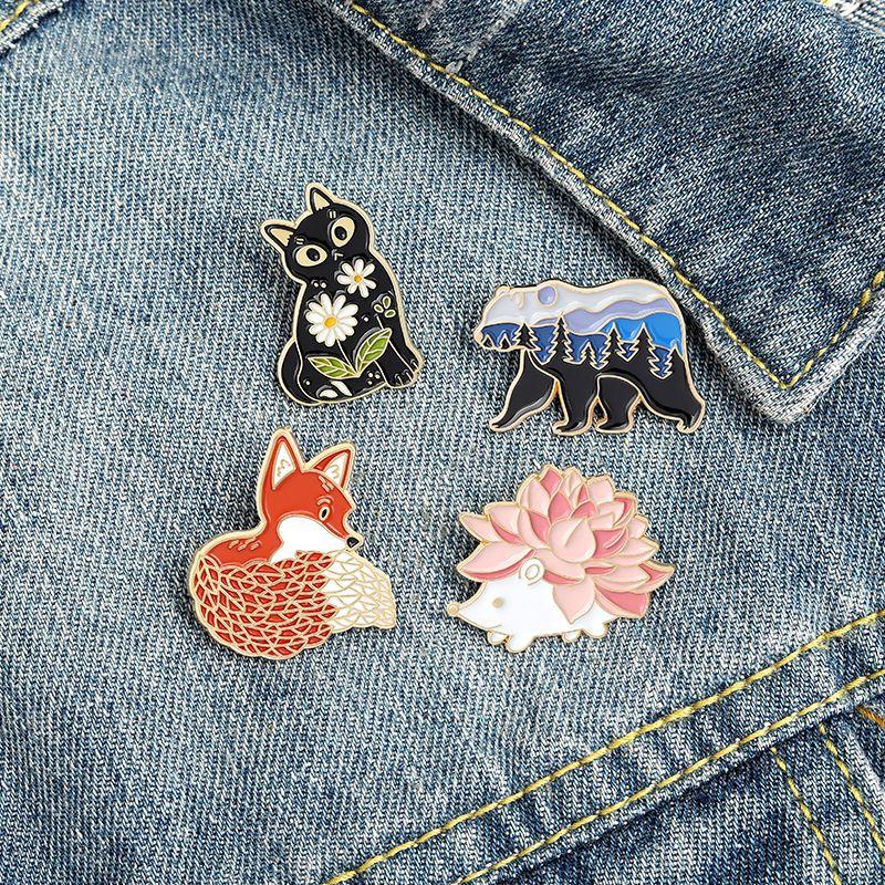 고슴도치 검은 고양이 만화 동물 에나멜 브로치 핀 여성을위한 패션 드레스 코트 셔츠 데이신 금속 재미 있은 브로치 핀 배지