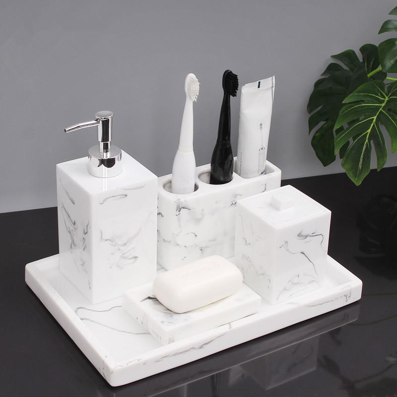 Tuqiu Accessori per il bagno in ceramica Set Distributore di sapone Distributore di spazzolino da denti Supporto per sapone Vassoio Cassetto per il bagno Luxury 5-6 PC Set matrimonio