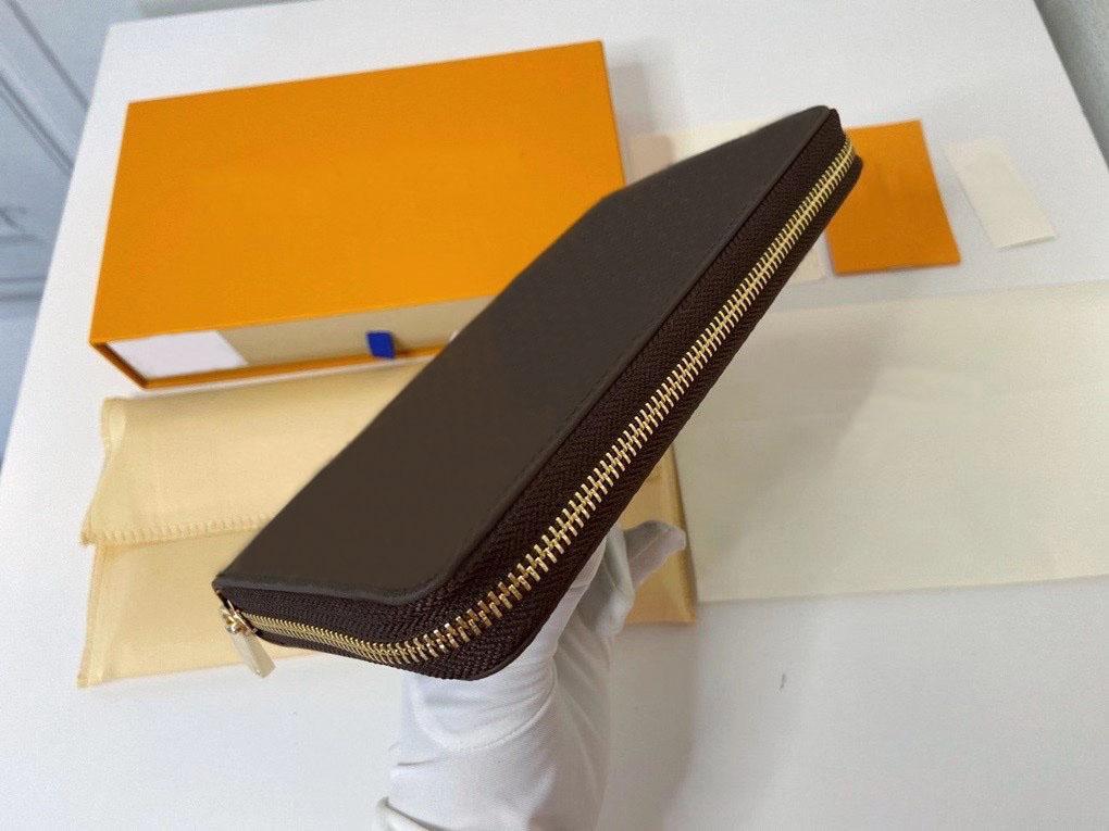 Portefeuille en cuir de qualité supérieure pour femmes halte-fer des porte-cartes Porte-monnaie Portefeuilles d'embrayage femme avec boîte