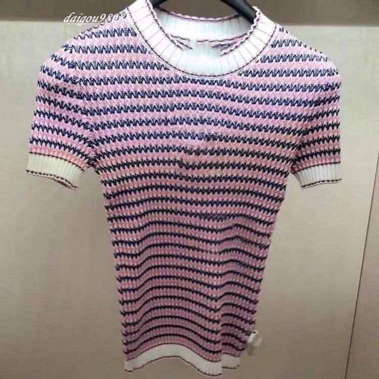 2020 Bahar ve Yaz Yeni Mizaç Yuvarlak Yaka Şerit Renk Örgü Kısa Kollu Tişört Sıkı kadın Kısa Kollu Bluz