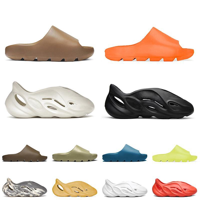 slides kanye designer slides hommes femmes pantoufles mousse runner Slide Resin Bone Desert Sand triple noir mode hommes toboggans plage