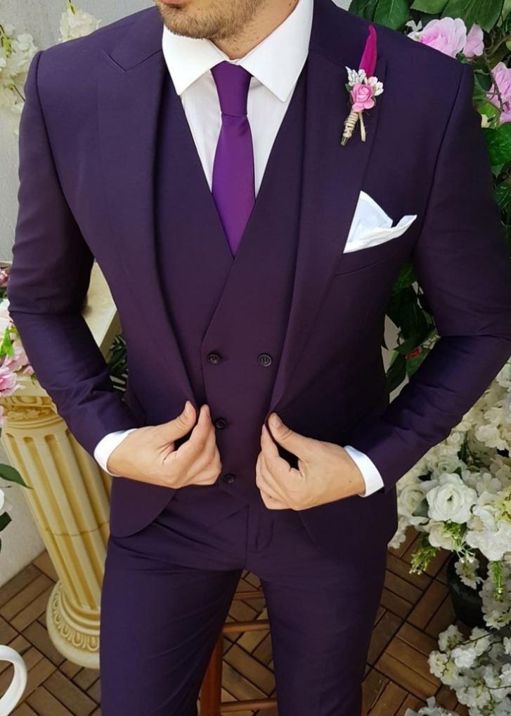 Newest Groomsmen Peak Lapel Groom Tuxedos Dark Purple Men Suits Wedding/Prom/Dinner Best Man Blazer ( Jacket+Pants+Tie+Vest ) W977