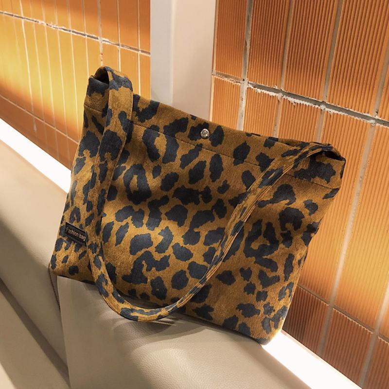 Sacos de ombro Saco de design vintage Mulher 2021 Zebra padrão de leopardo retro subaxillary viajar rua messenger bolsa de neararm