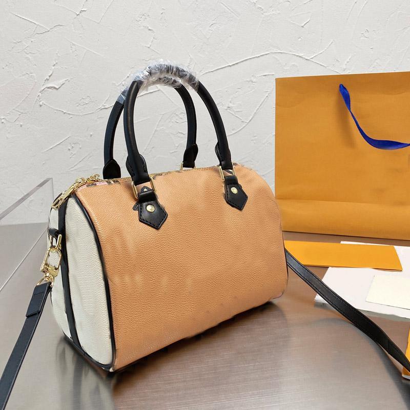 Sacs à main sacs fourre-tout sacs de voyage Sacs de voyage Impression d'épaules amovibles Hardware Garniture de grain de grain cuir de cuir de vachette haute capacité