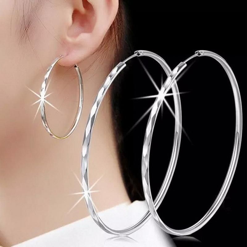 Exaggerated big earrings female personality Japanese and Korean long round Earrings Ear buckle Earrings