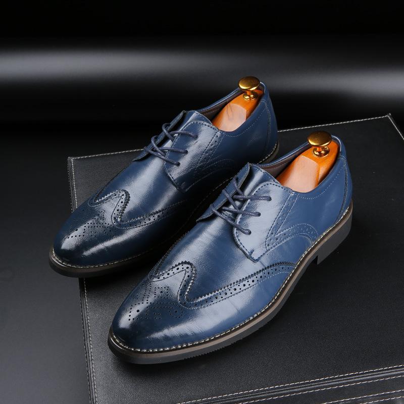 أزياء رجل أحذية رسمية عالية الجودة تنفس بو الجلود شخصية الرجال الأعمال اللباس المتسكعون أكسفورد أحذية الزفاف