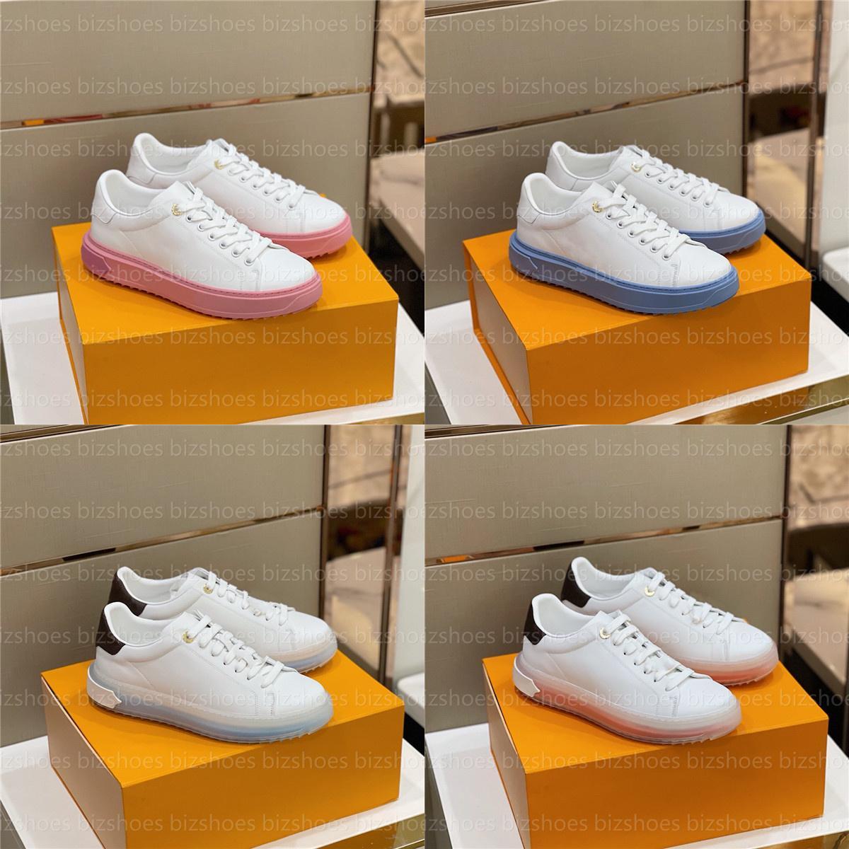 Zaman aşımı Sneaker Luxurys Tasarımcılar Ayakkabı Baskılı Beyaz Buzağı Deri Yükseltilmiş Yuş 3-D Desen Oyulmuş Delikli Rahat Ayakkabı Eğitmenleri