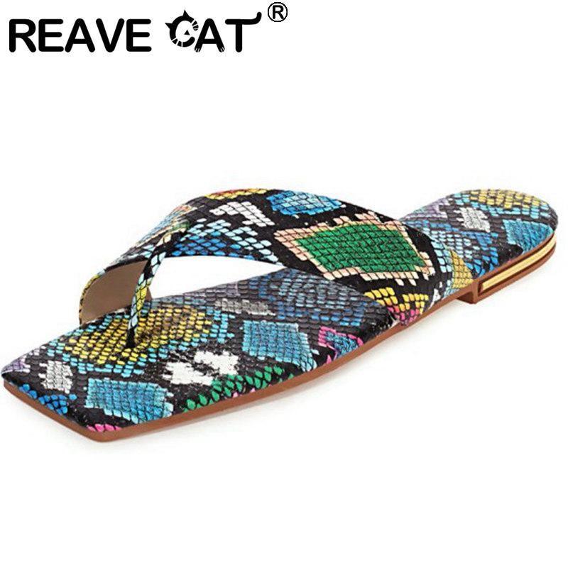 Hausschuhe erraten Katze 2021 Frauen Slipper Clip-Zehe flach Einfache Slip-On-Schlangenhaut Sexy stilvolles Designer Große Größe 34-43 Sommer A3862