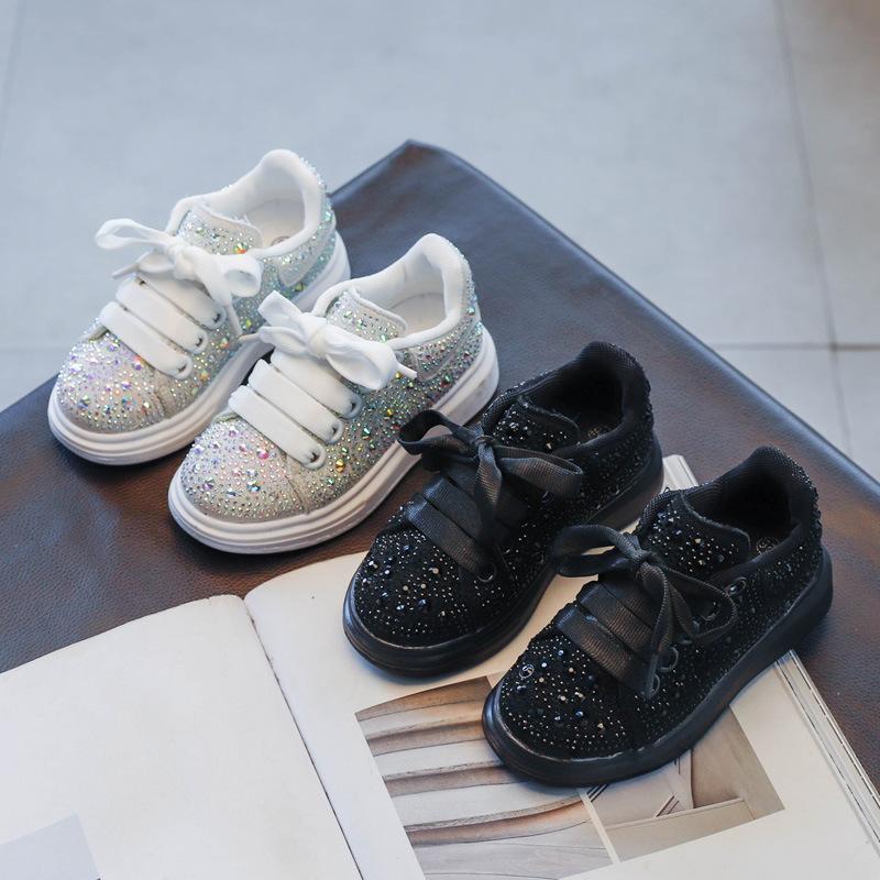 Kinder kleine weiße Schuhe, Brettschuhe, 2021 Frühling Neue Mädchen Diamant Casual Student Vielseitige Sportschuhe