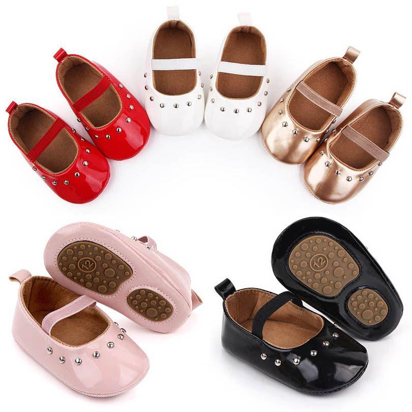 حذاء طفل أحذية الفتيات الربيع الشتاء برشام الأولى ووكر أحذية الأخفاف لينة طفل ارتداء الجلود الأميرة هدية B3868