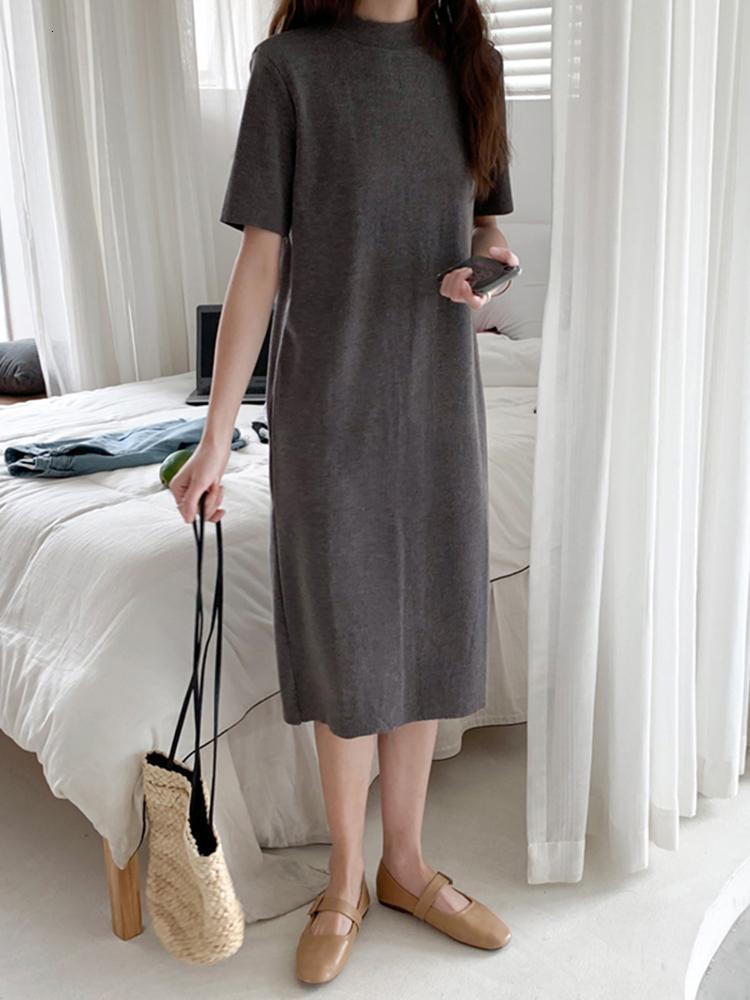 2021 Новый темперамент MID-длиной юбка дна черный с короткими рукавами полусодержащий воротник вязаное платье 95PB