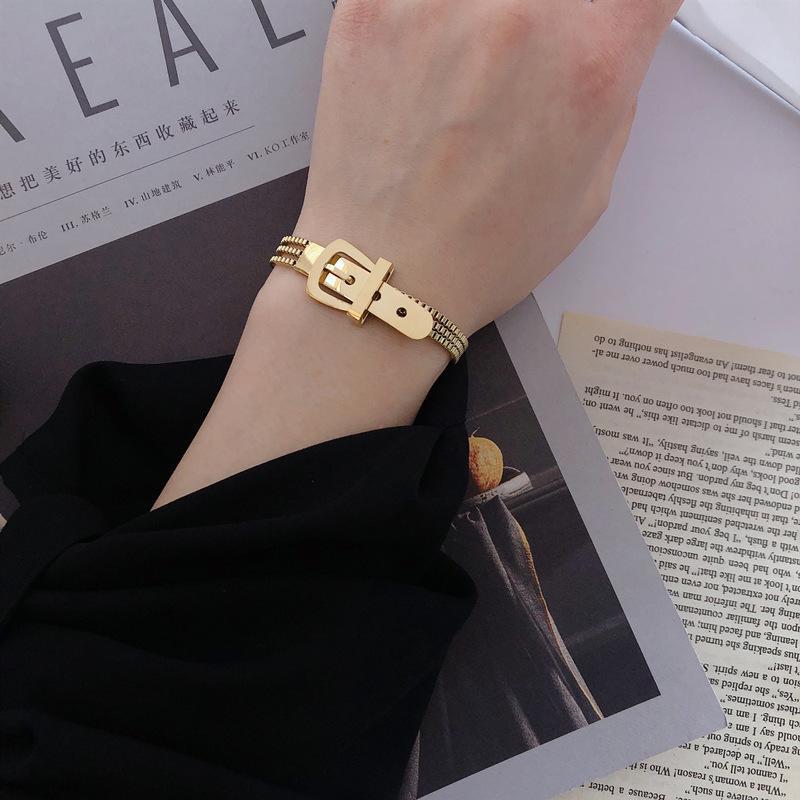 Euramerican Fashion Belt Fibbia Tre bracciale Bracciale in acciaio in titanio Qualitazione multistrato