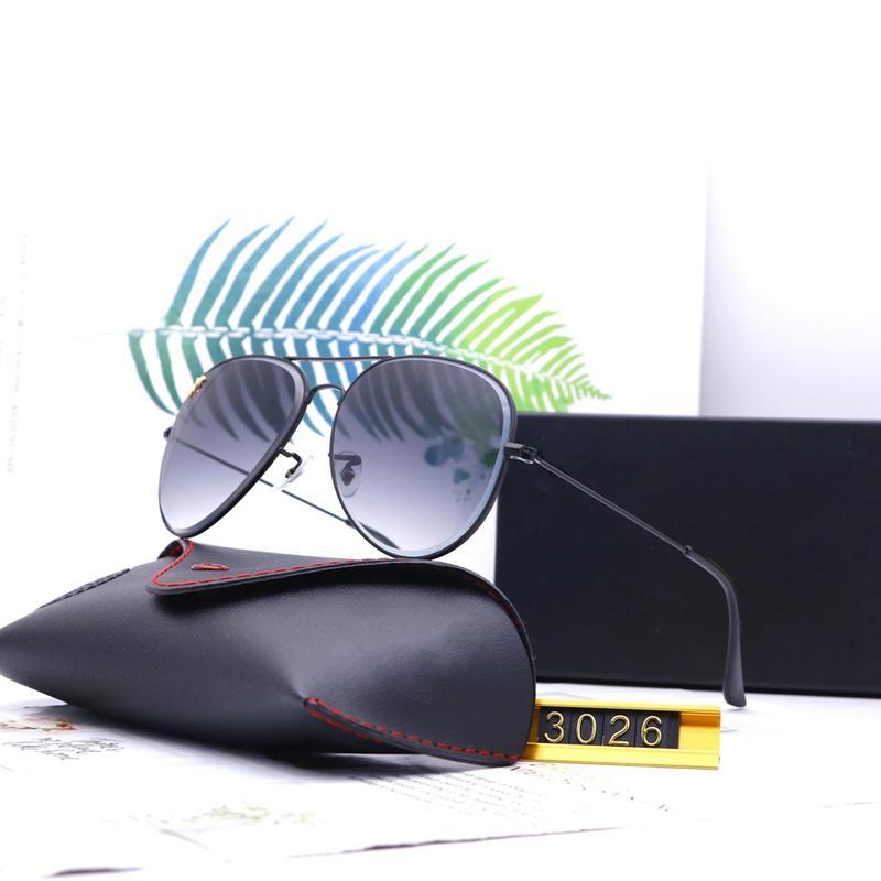 Yedi Renk Moda Aviator Güneş Gözlüğü Klasik Tasarım Lüks Yüksek Kalite HD Polarize Lensler Erkek Kadın Pilot Sürüş Güneş Gözlükleri 302