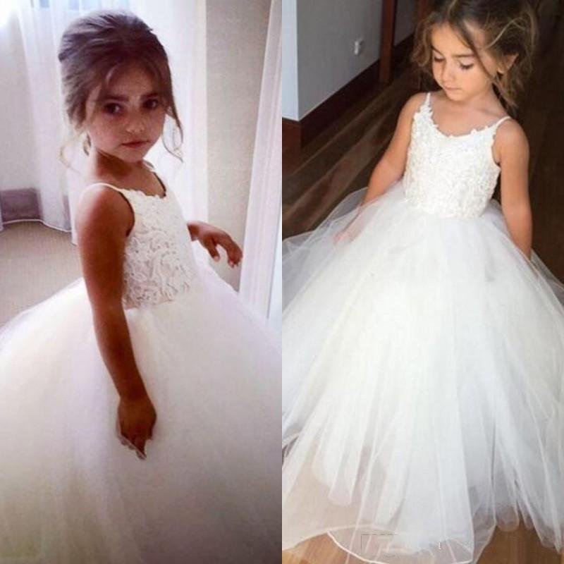 2021 Vintage Flower Girl Dresses Lace Tulle Flowergirl Dress Spaghetti Straps Sleeveless Puffy Pageant Gown Holy Communion Dresses for Girls