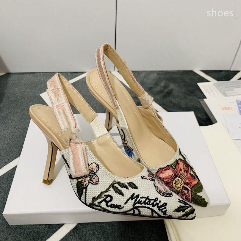O novo 2021 vestido Shoes Party Office Universal Alto Saltos Moda Versátil Senhoras Sapatos de Luxo Designer Design GD5