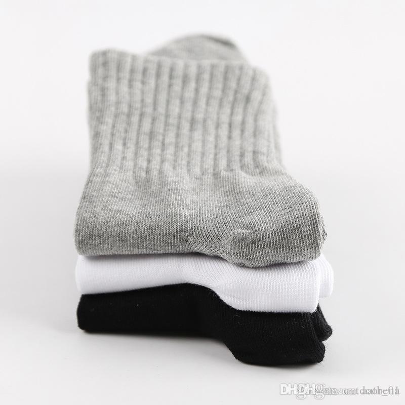 Chaussettes de sport en coton pour hommes 2019 en coupe courte printemps et automne chaussettes en coton d'hiver épais