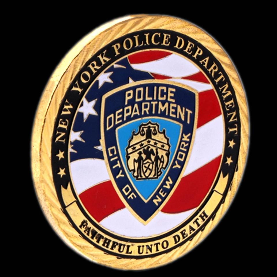 2pcs Crafts USA NY Police Coin Sacrifice Warriors Heroes Memorial Eagle Challenge Badge Gift