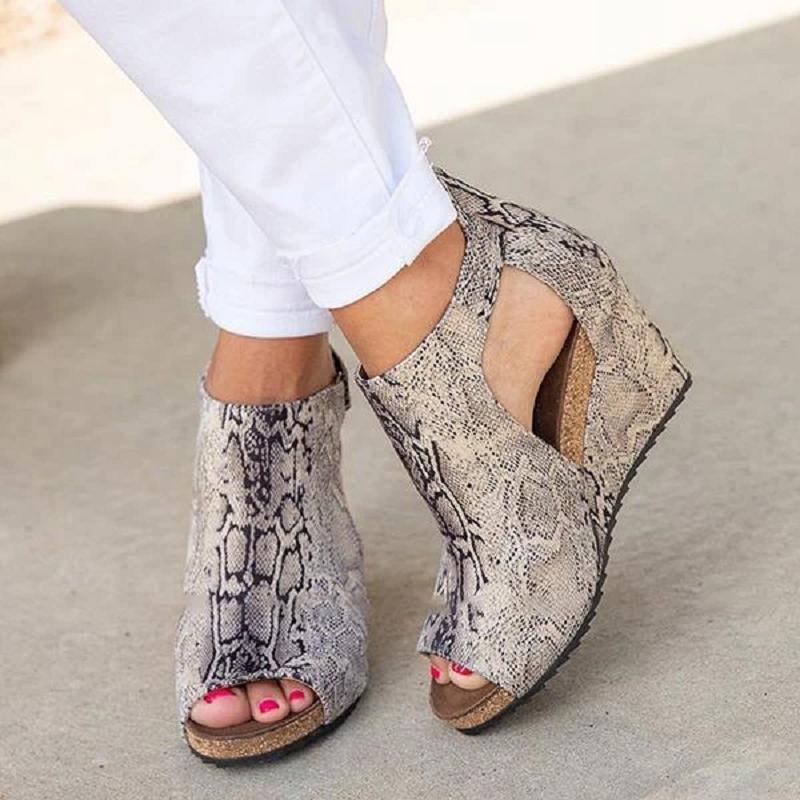Sandalet Kadınlar 2021 Moda Ofis Yaz Ayakkabı Toka Kayış Boş Zaman Platformu Takozlar Yüksek Topuklu